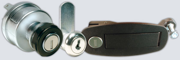 CompX Fort ignition switch, cam lock and finger latch
